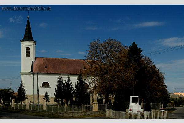 Balony - Sarlós Boldogasszony római katolikus templom - Felvidék