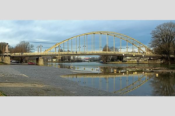 Kossuth híd - panoráma (5 photo)