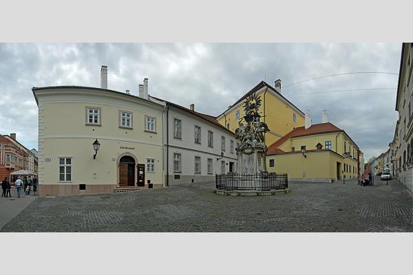 Győr - Guttenberg tér panoráma (5 photo)