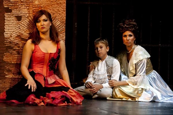 Marguerite St. Just - MOLNÁR ÁGNES; Gyerek - MÁRKUS KRISZTIÁN; Anna - KISS ENIKŐ
