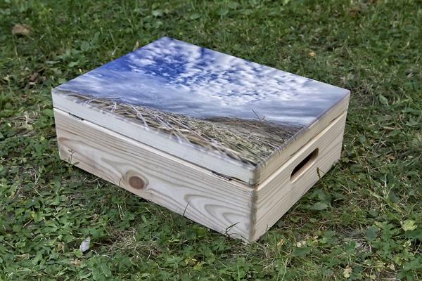 egyedi képpel nyomtatott fadoboz